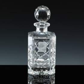 24% lead crystal cut decanter with panel for engraving
