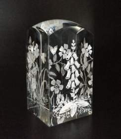 Dome Crystal Block  engraved with 4 flowers on each side