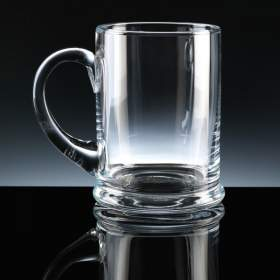 Pint Heeled Tankard - Balmoral Glass