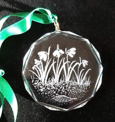 large pendant   snowdrops